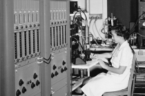 Bldg. 107 Counting room showing 12 channel Kicksorters (1948)